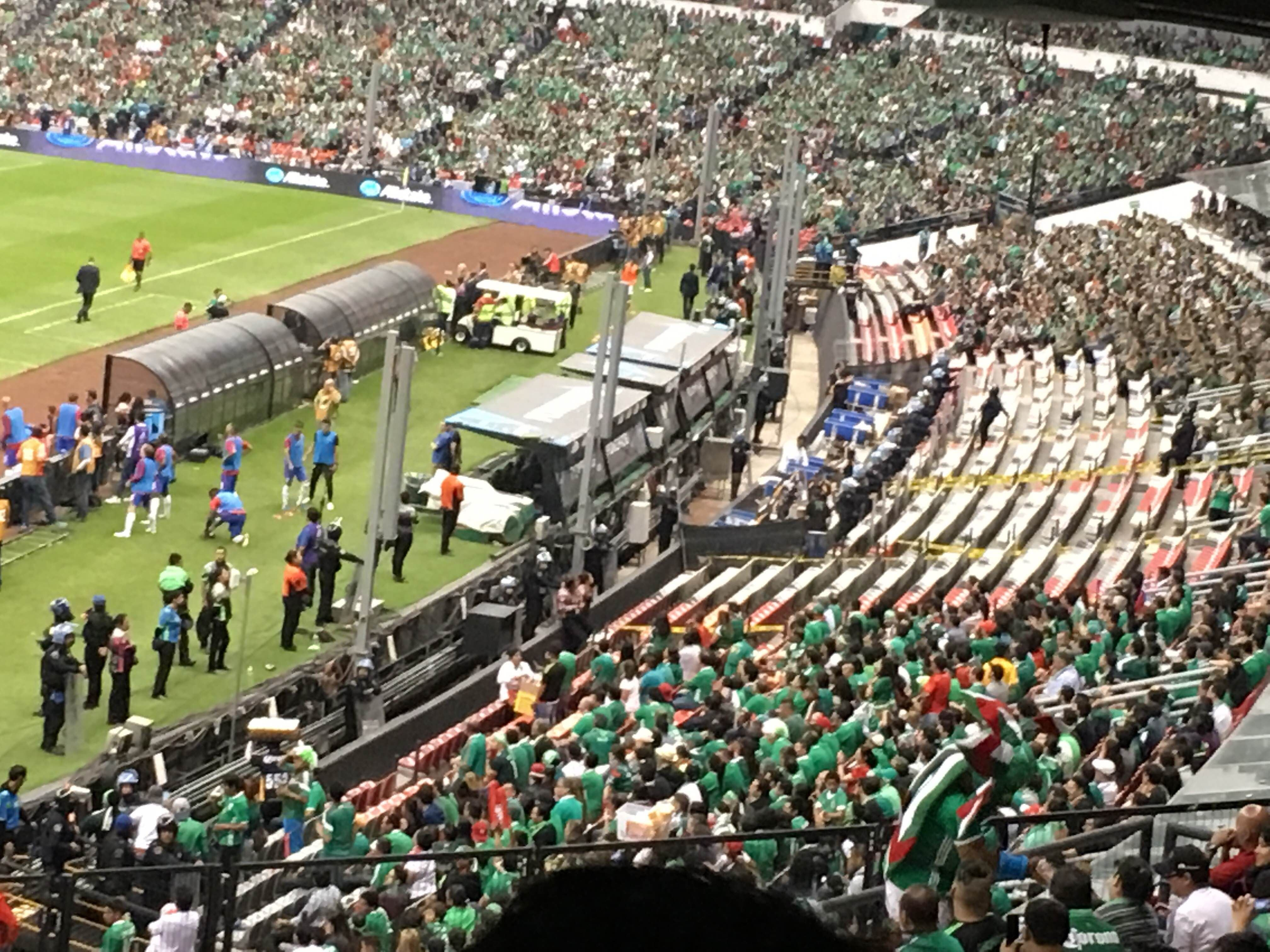 Audiencia en Estadio Azteca