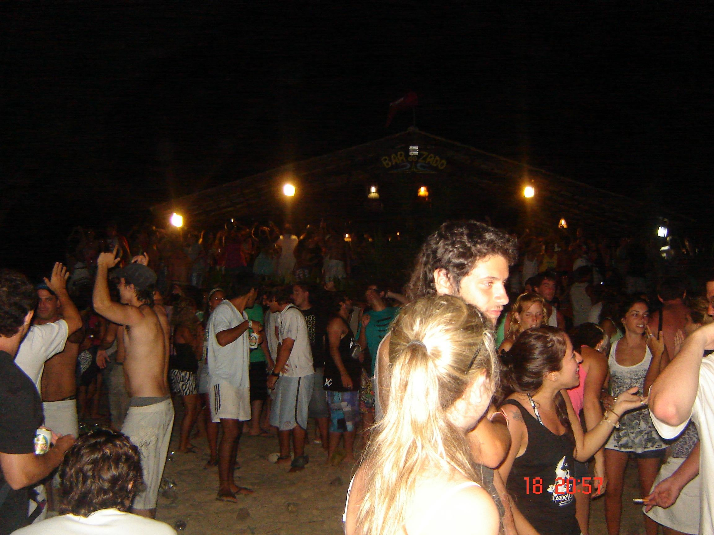 Ceremonia en Playa de Ferrugem
