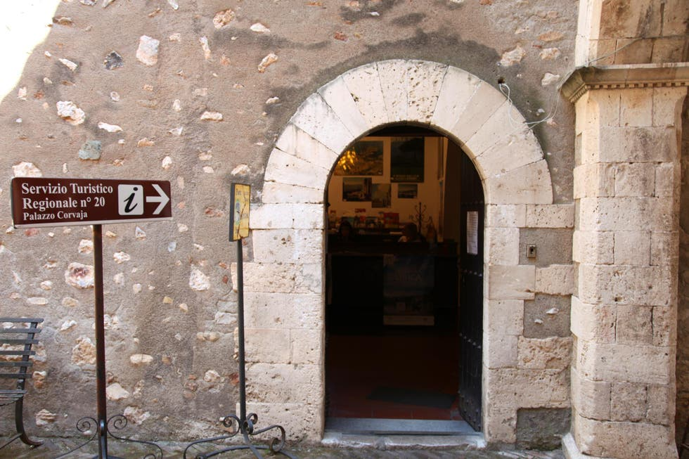 Office de tourisme de taormine taormina 1 exp riences et 5 photos - Office de tourisme sicile ...
