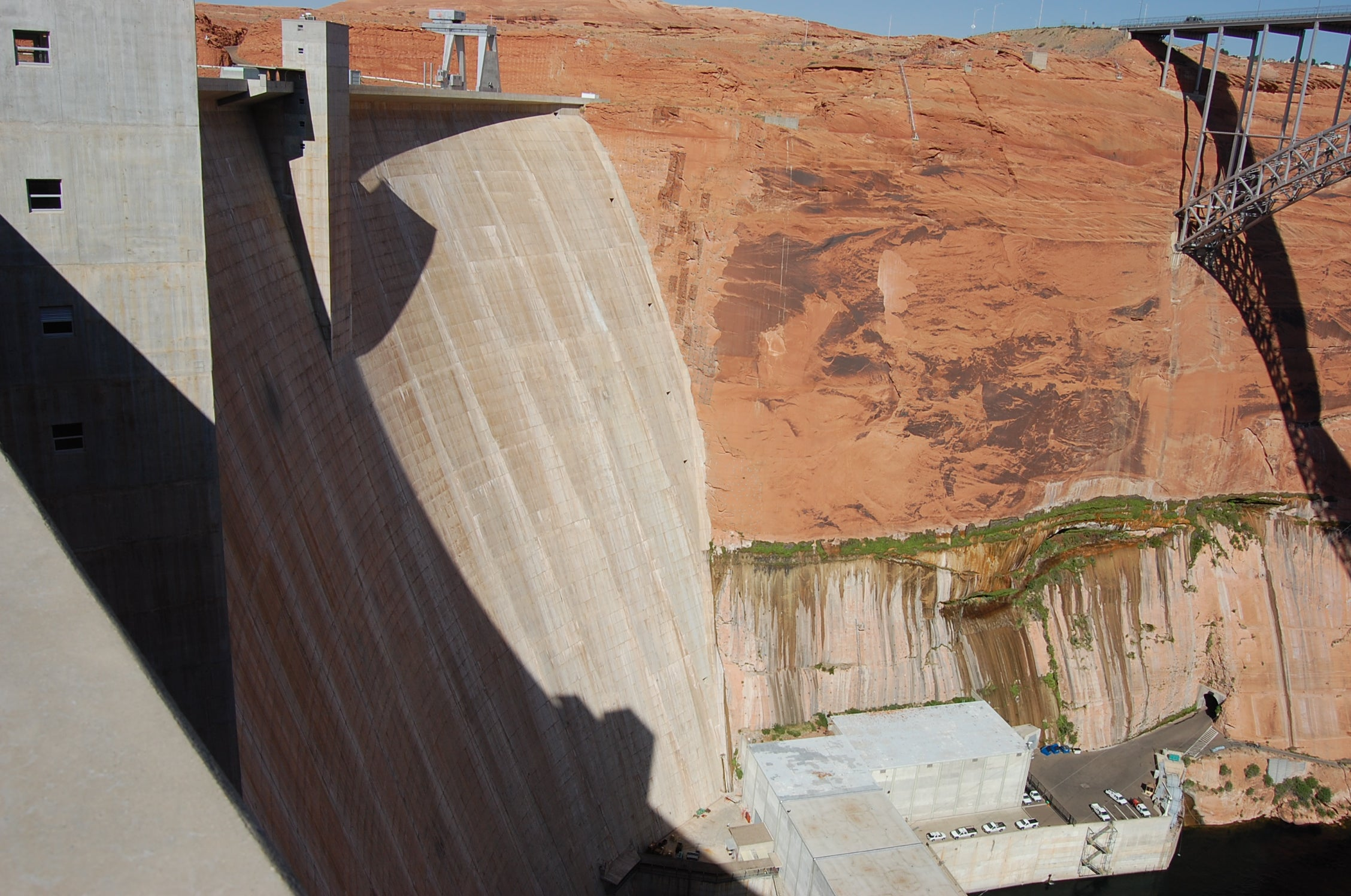 Madera en Glen Canyon Bridge