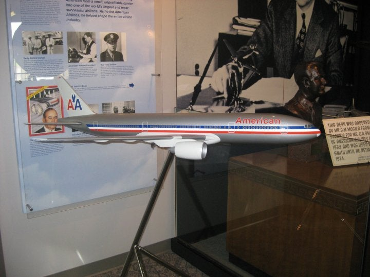 Vuelo en American Airlines, C.R. Smith Museum