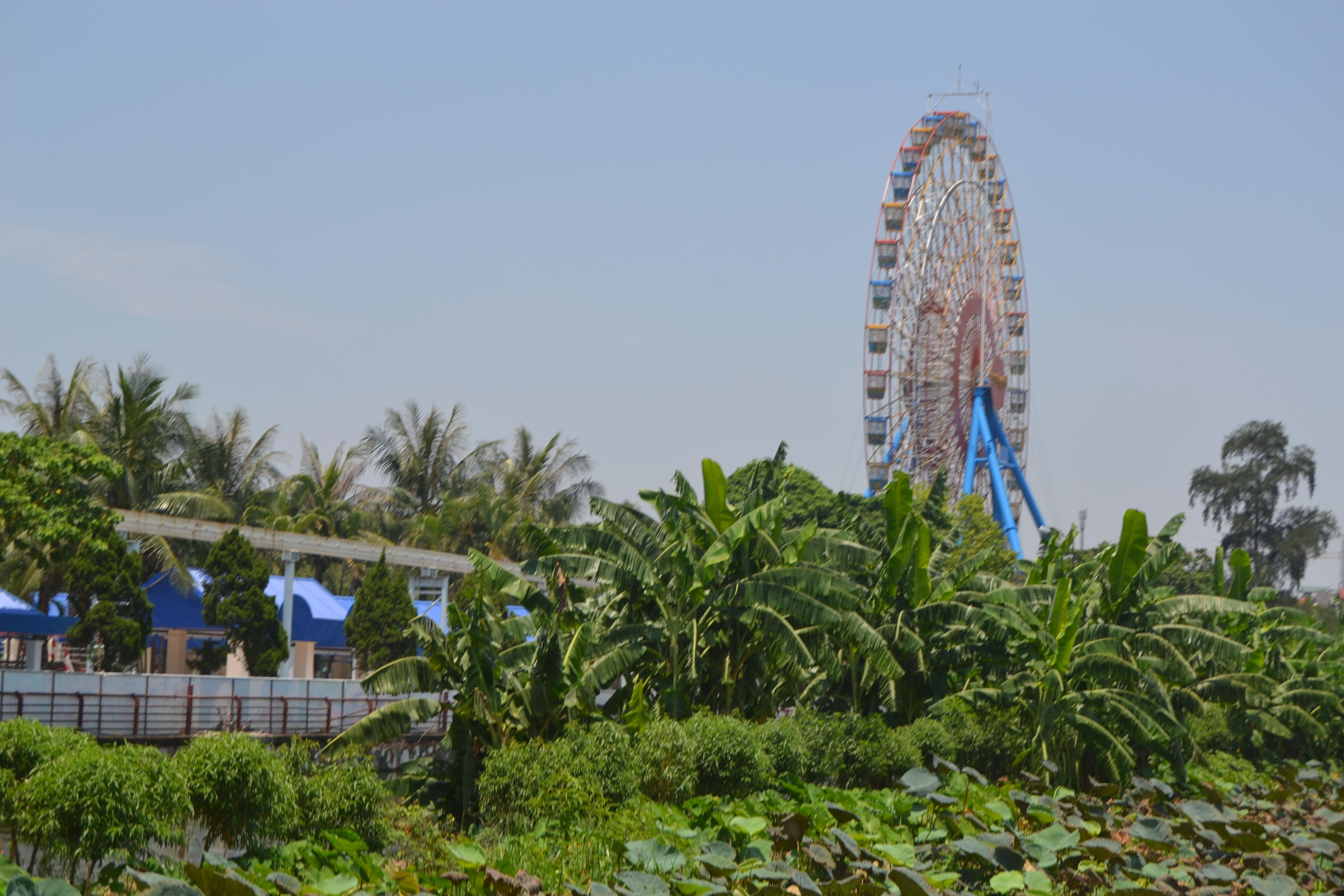 Parque de atracciones en West Lake
