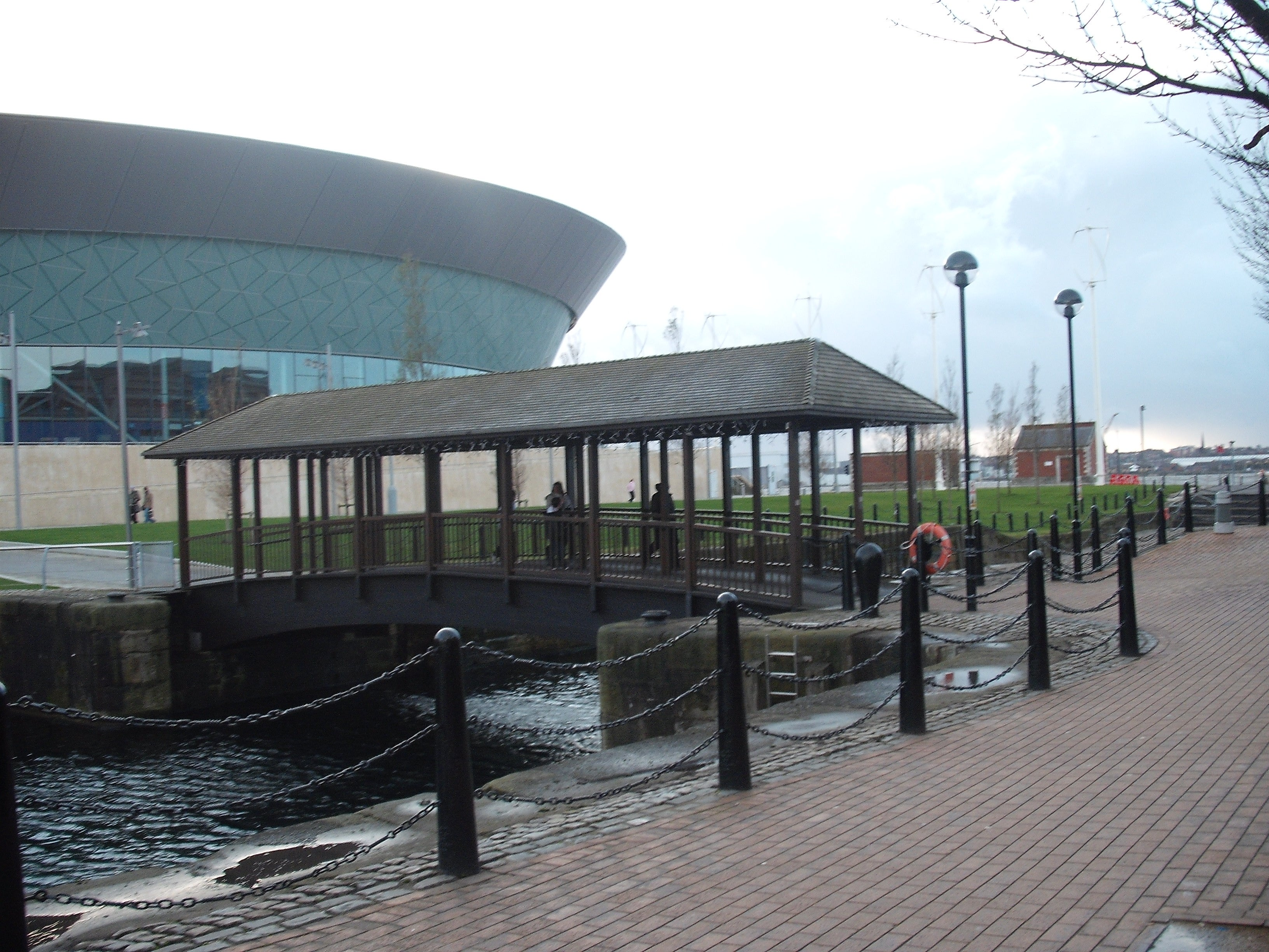 Metro en Royal Albert Dock