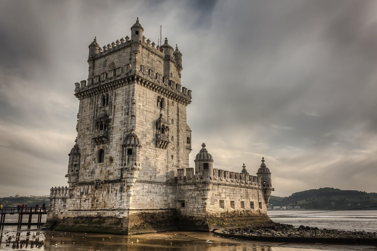 Sky in Belém Tower