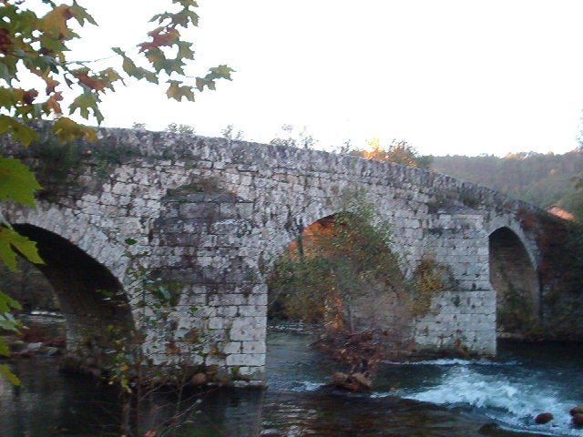 Roman bridge of Cernadelo
