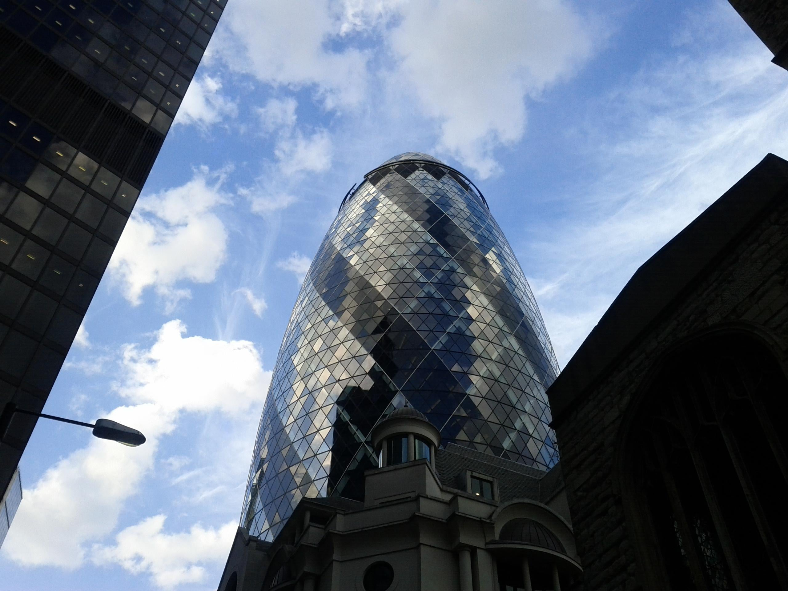 Iglesia en Swiss Re Tower - Torre Gherkin