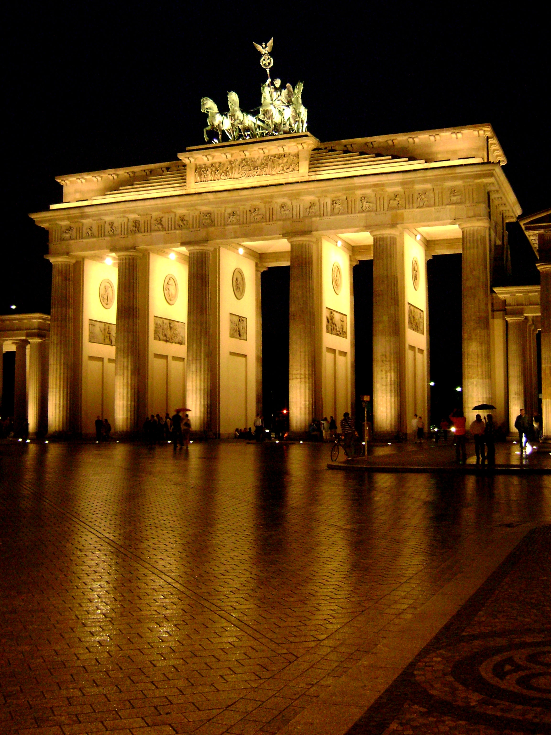Christmas Decoration in Brandenburg Gate