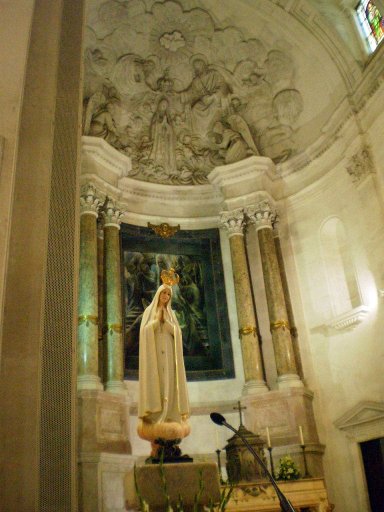 Statue in Basilica of Our Lady of the Rosary of Fatima