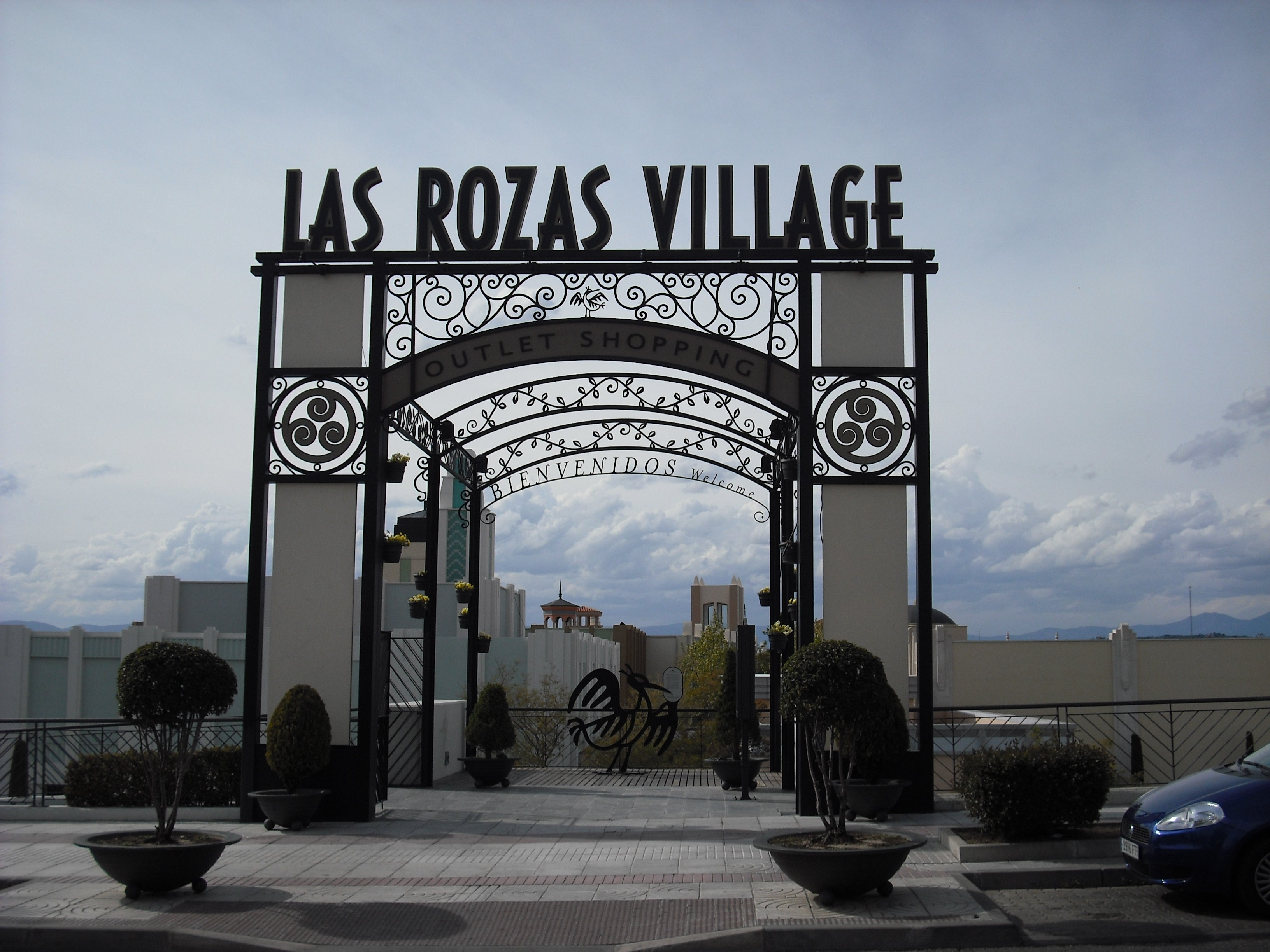 Señal en Las Rozas Village outlet shopping