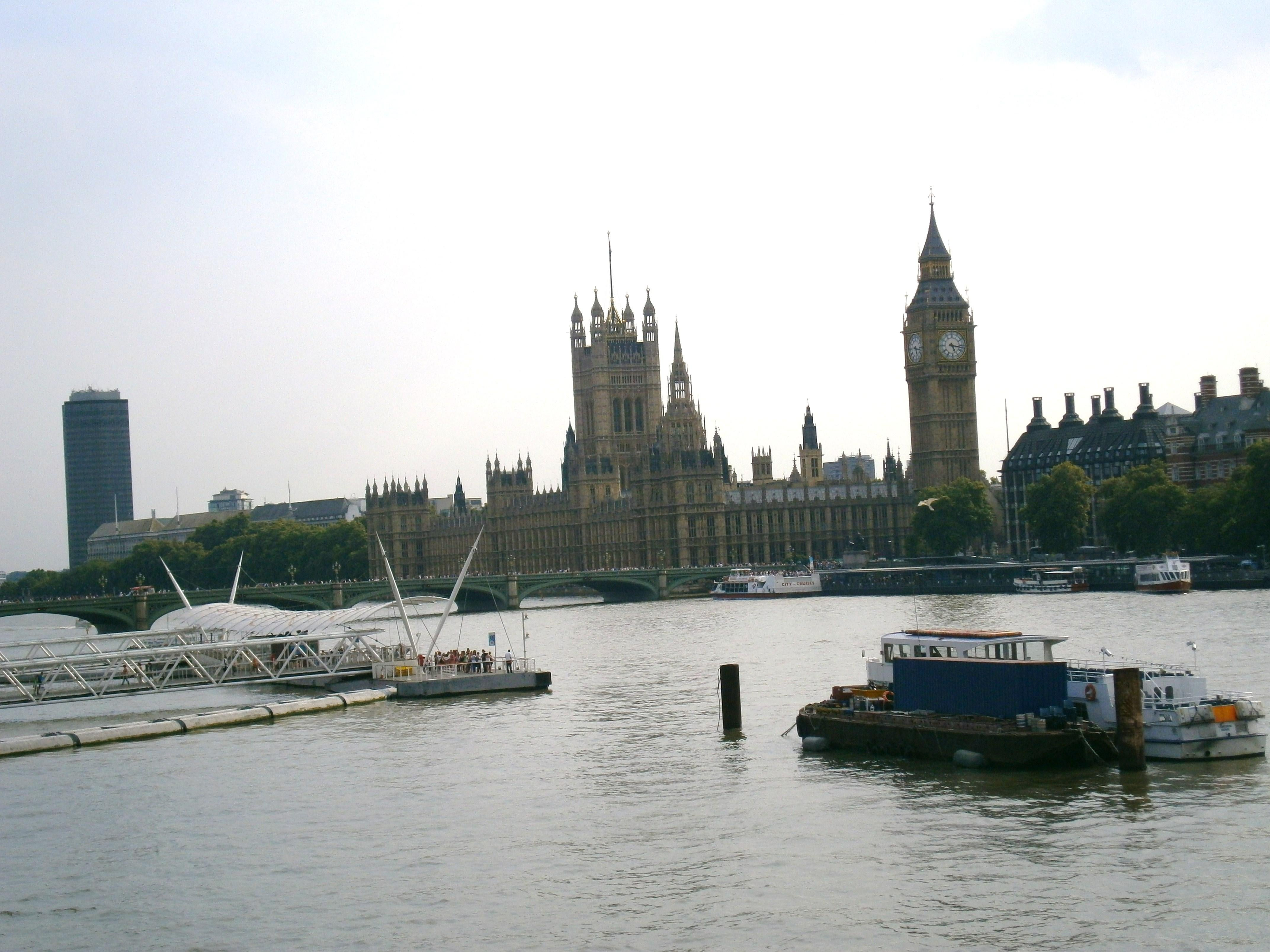 Boat in Big Ben