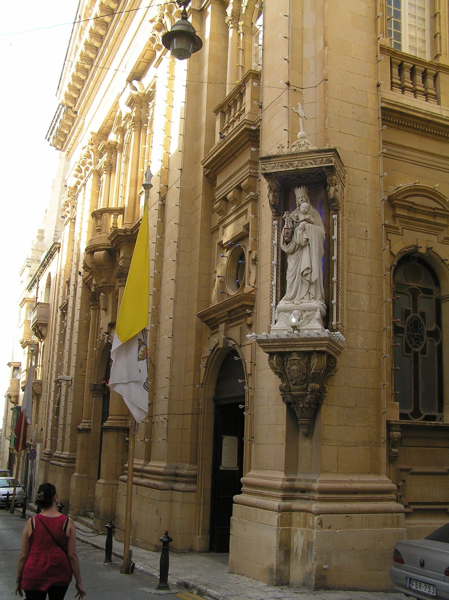 Valletta Niches