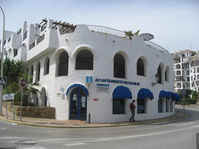 Office of Mykonos tourism of the municipality of Manilva.