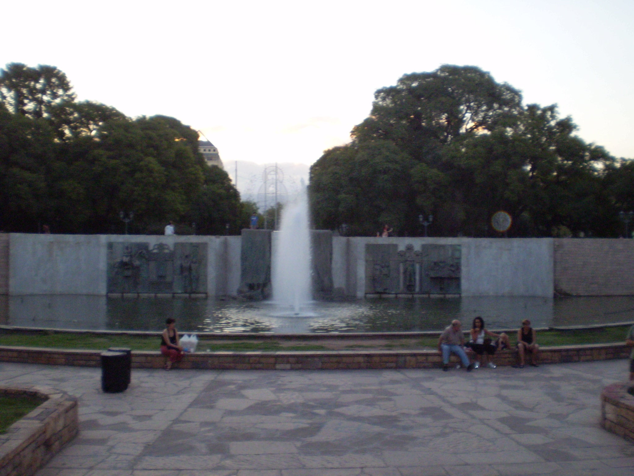 Memorial en Plaza de la Independencia